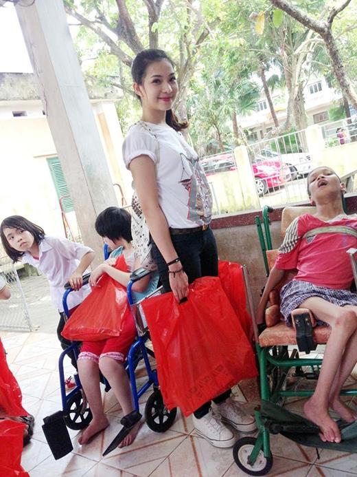 Lee Balan sốc vì người yêu 5 năm lại là bạn trai mới của Á hậu Huyền My - Tin sao Viet - Tin tuc sao Viet - Scandal sao Viet - Tin tuc cua Sao - Tin cua Sao