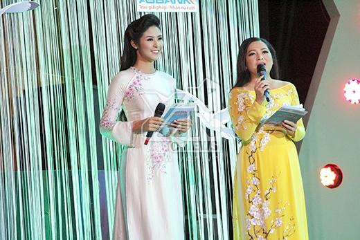 Hoa hậu Ngọc Hân và Quỳnh Hương đóng vai trò là MC chính của chương trình. - Tin sao Viet - Tin tuc sao Viet - Scandal sao Viet - Tin tuc cua Sao - Tin cua Sao