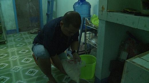 Ông bố Minh Khang phải một mình chăm sóc cho cả 4 đứa con. - Tin sao Viet - Tin tuc sao Viet - Scandal sao Viet - Tin tuc cua Sao - Tin cua Sao