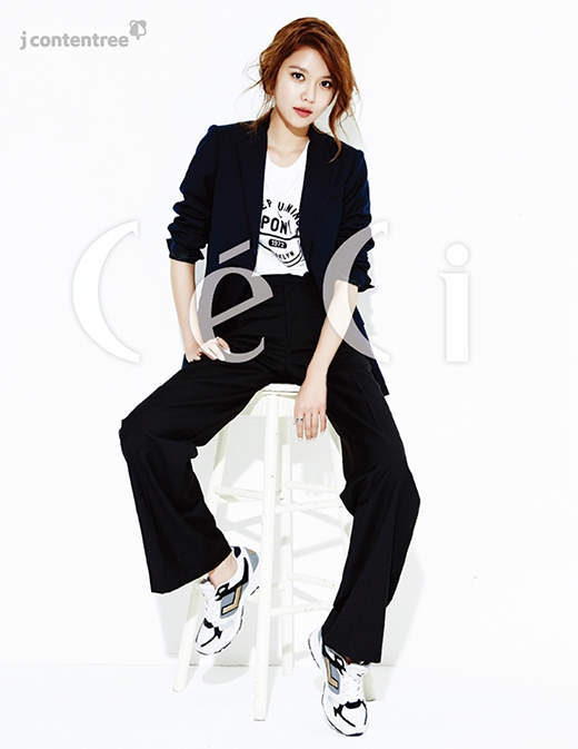 Sao nữ xứ Hàn khoe vẻ đẹp đối lập trên tạp chí tháng 1