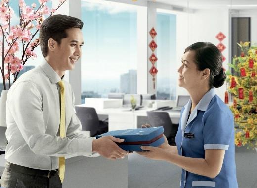 Thông điệp được gửi gắm khéo léo là một trong những lí do thu hút người xem của TVC Tết