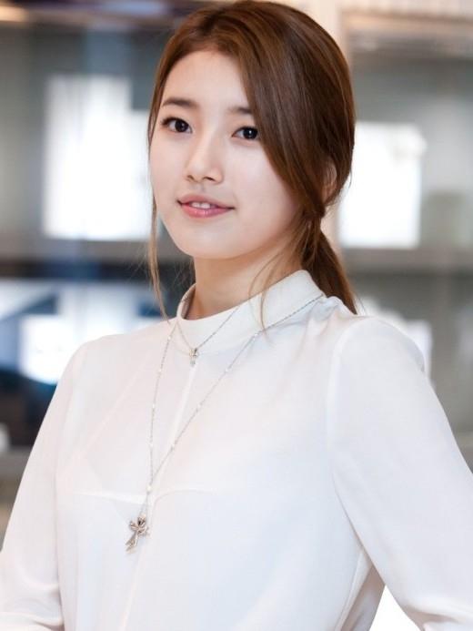 """Những biểu tượng đẹp tự nhiên xứ Hàn từng bị nghi đã qua """"dao kéo"""""""