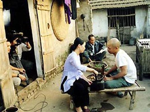 Nghệ sĩ Hán Văn Tình không dám điều trị vì sợ... tốn tiền - Tin sao Viet - Tin tuc sao Viet - Scandal sao Viet - Tin tuc cua Sao - Tin cua Sao