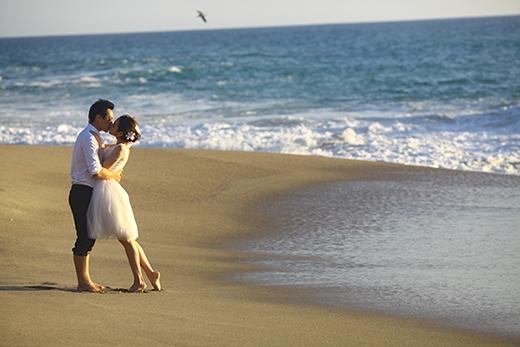 Cặp đôi trao nhau nụ hôn ngọt ngào. - Tin sao Viet - Tin tuc sao Viet - Scandal sao Viet - Tin tuc cua Sao - Tin cua Sao
