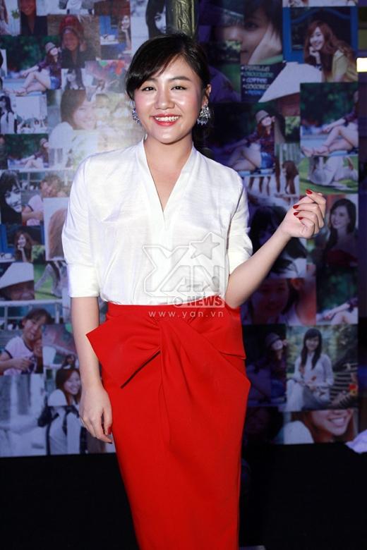 Văn Mai Hương bị già trước tuổi vì lỗi trang phục - Tin sao Viet - Tin tuc sao Viet - Scandal sao Viet - Tin tuc cua Sao - Tin cua Sao