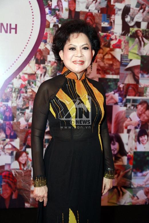 Nữ danh ca Giao Linh - Tin sao Viet - Tin tuc sao Viet - Scandal sao Viet - Tin tuc cua Sao - Tin cua Sao