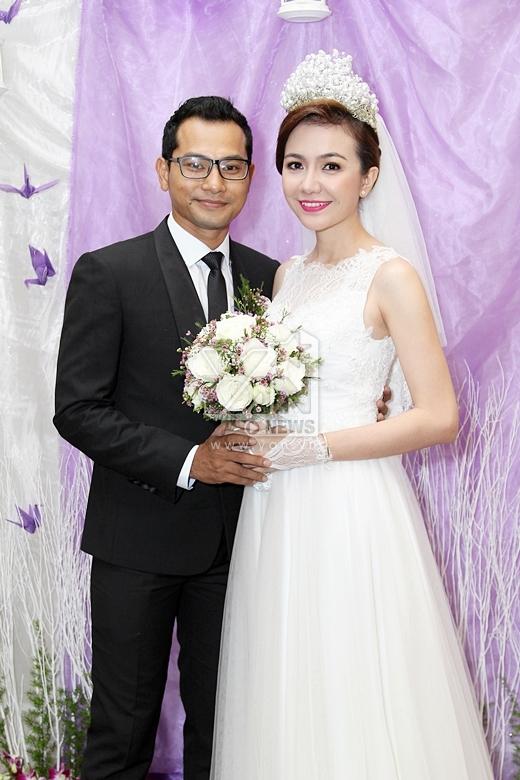 Hai vợ chồng Huỳnh Đông - Ái Châu ngập tràn hạnh phúc trong ngày trọng đại của mình. - Tin sao Viet - Tin tuc sao Viet - Scandal sao Viet - Tin tuc cua Sao - Tin cua Sao