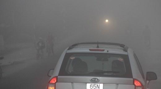 Theo lãnh đạo Đài Khí tượng Thủy văn khu vực Nam bộ, sương mù xuất hiện lúc sáng sớm ở miền Tây có thể kéo dài đến Tết Nguyên đán Ất Mùi vì vùng này cũng đang ảnh hưởng không khí lạnh.