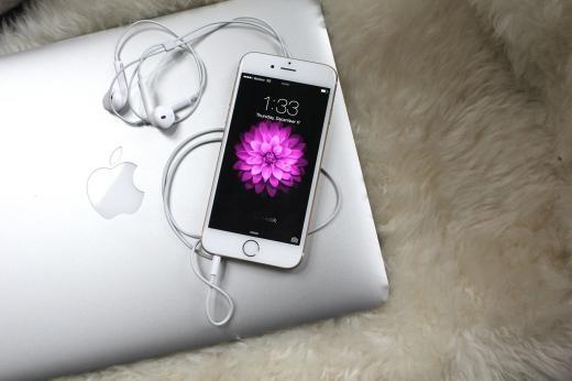 Apple khắc phục vấn đề chiếm dung lượng của iPhone
