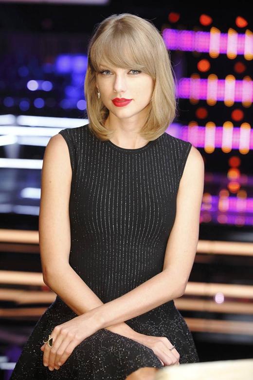 Taylor Swift bị hack tài khoản mạng xã hội
