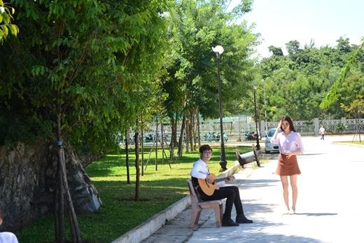Nam ca sĩ trẻ cũng hé lộ trong sản phẩm tiếp theo của anh sẽ kết hợp với ca sĩ Nguyên Vũ.