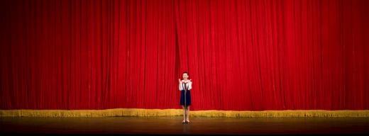 Tỏa sáng dưới ánh đèn sân khấu