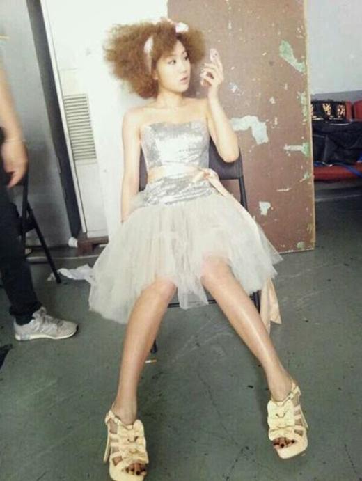 Hình ảnh Soyou trong hậu trường năm 2012