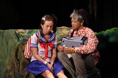 Việc thể hiện xuất sắc những vai diễn trong các vở kịch đã giúp Thu Trang dần được khán giả biết tới. - Tin sao Viet - Tin tuc sao Viet - Scandal sao Viet - Tin tuc cua Sao - Tin cua Sao
