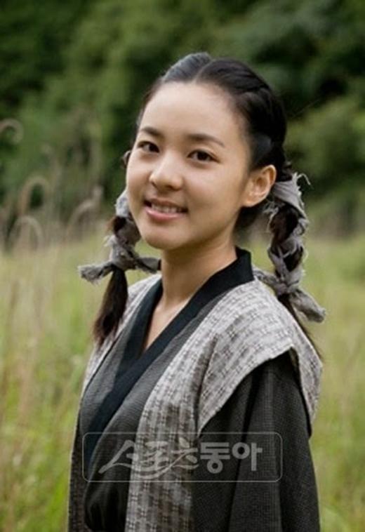 Tạo hình của Dara trong bộ phim đầu tay Iljimae (2009)