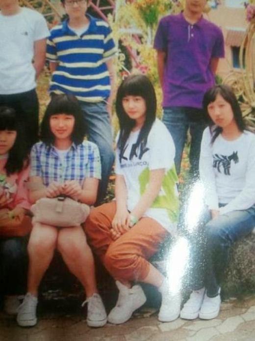 Một bức ảnh khác của Jiyeon thời đi học (2008)
