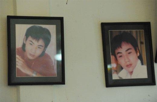 Băng đĩa và hình ảnh nghệ sĩ Đỗ Linh gia đình còn lưu giữ.