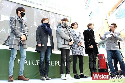 5 chàng trai đốn tim fan tại Busan