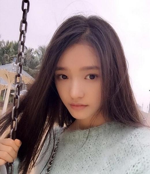 Dìm hàng Phạm Băng Băng, Trương Hinh Dư trở thành người đẹp thuần khiết