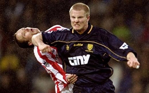 Trong sự nghiệp thi đấu, Thatcher nhận rất nhiều án treo giò vì lối chơi bạo lực của mình. Một trong số pha phạm lỗi đặc biệt nguy hiểm của cựu cầu thủ Man City là cú thúc cùi chỏ vào mặt tiền vệ Pedro Mendes của Portsmouth năm 2006.