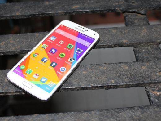 Dù đã ra mắt gần 1 năm nhưng Galaxy S5 vẫn là một trong những điện thoại Android tốt nhất trên thị trường.