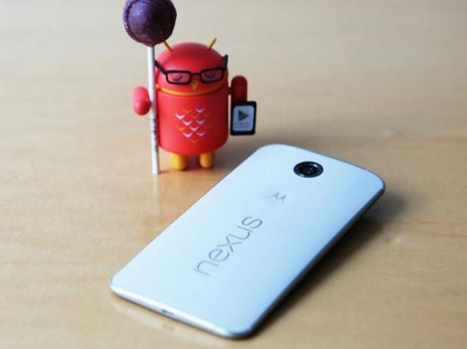 Google Nexus 6 là thiết bị lớn màn hình 6 inch, do Motorola sản xuất và là điện thoại đầu tiên chạy Lollipop, phiên bản mới của Android với thiết kế hoàn toàn mới.