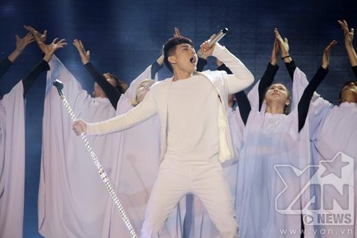 Isaac đốt cháy sân khấu với bản hit của Michael Jackson - Tin sao Viet - Tin tuc sao Viet - Scandal sao Viet - Tin tuc cua Sao - Tin cua Sao