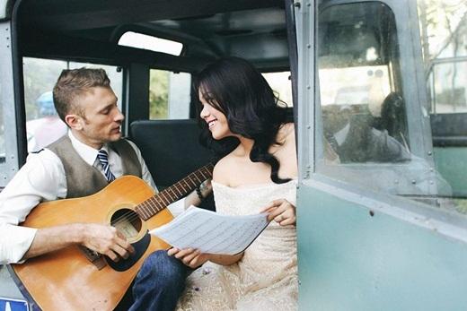 Những nụ cười, ánh mắt đầy hạnh phúc, trìu mến Phương Vy dành cho chồng sắp cưới trong bộ ảnh. Dù cũng có sự nghiệp riêng, Sean vẫn luôn sắp xếp thời gian đi diễn cùng, ở bên cạnh cô mọi lúc có thể. - Tin sao Viet - Tin tuc sao Viet - Scandal sao Viet - Tin tuc cua Sao - Tin cua Sao