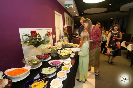 Butffet phong phú với các món ăn đặc trưng ngày tết cổ truyền