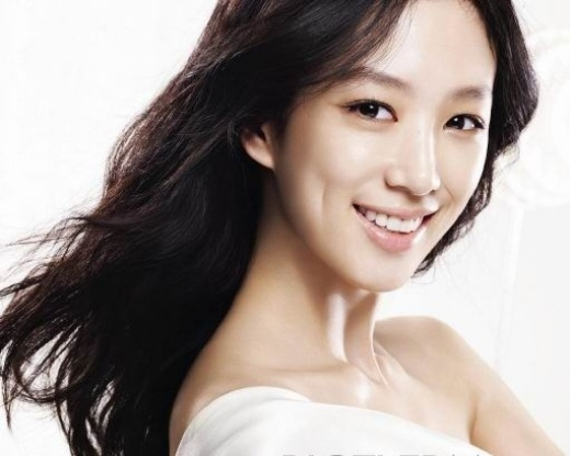 Jung Ryeo Won đẹp như ngọc nữ nhờ má lúm đồng tiền rất duyên