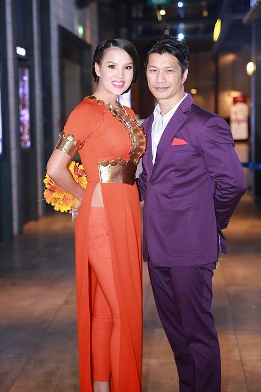 Dustin Nguyễn âu yếm vợ mới cưới Bebe Phạm - Tin sao Viet - Tin tuc sao Viet - Scandal sao Viet - Tin tuc cua Sao - Tin cua Sao