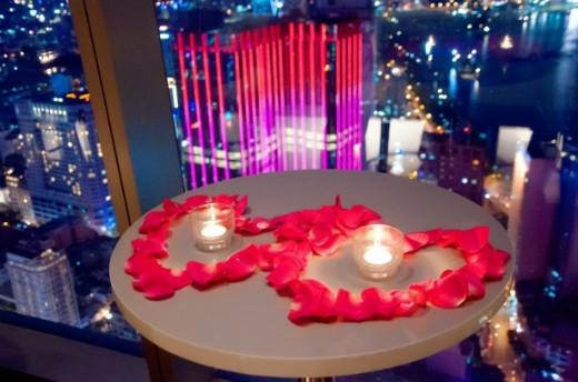 Khu couple café dành riêng cho các cặp đôi với nhiều điểm nhấn lãng mạn