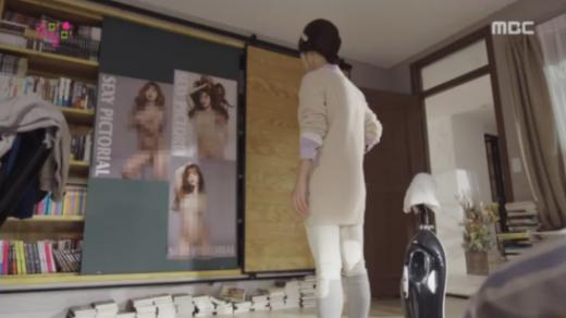 Phim Hàn gây tranh cãi khi sử dụng ảnh khoe thân của thành viên nhóm nhạc nữ