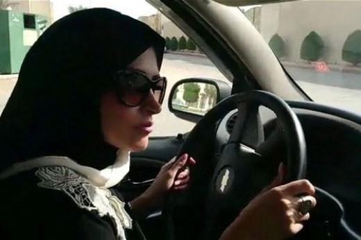 Cấm phụ nữ lái xe: Ở Ả Rập Xê-Út, phụ nữ hoàn toàn không được phép lái ô tô, với một vài lý do như lái xe sẽ gây các vấn đề khi mang thai cho phụ nữ. Điều luật này được ban hành ở Riyadh năm 1957. Vào năm 1990, một số phụ nữ ở đây biểu tình bằng cách lái xe để phản đối luật cấm. Những người này sau đó bị bỏ tù 1 ngày, tịch thu hộ chiếu, một số người bị đuổi việc.