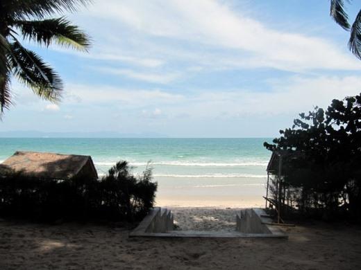 Với 4 xã ven biển, Hòn Khói quanh năm đều có hải sản tươi ngon