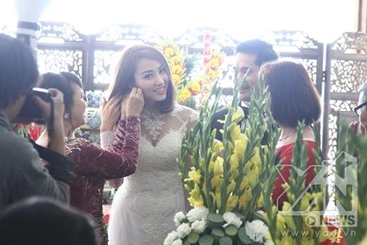 Ngân Khánh lần đầu khoe chồng Việt kiều trong lễ ăn hỏi - Tin sao Viet - Tin tuc sao Viet - Scandal sao Viet - Tin tuc cua Sao - Tin cua Sao