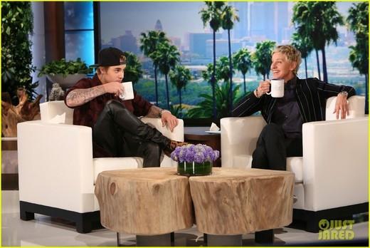 Justin Bieber nói về clip xin lỗi khán giả của mình