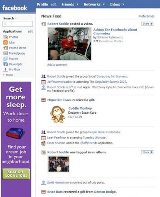 Năm 2006 cũng là năm Facebook ra mắt trang chủ News Feed để cập nhật hoạt động bạn bè.