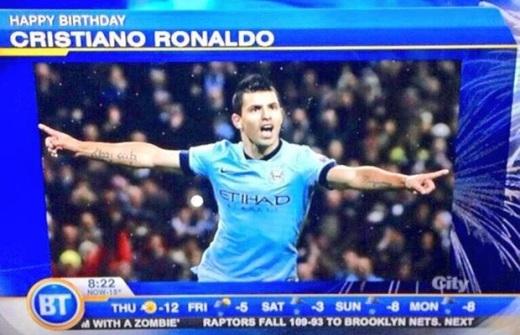 Truyền hình chúc mừng C.Ronaldo nhưng lấy hình Aguero
