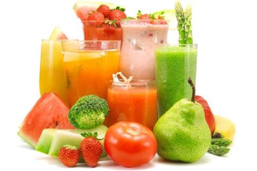 Tương tự như nước ép rau xanh thì trước khi uống rượu nếu bạn uống một ly nước ép trái cây sẽ hạn chế việc say rượu xảy ra.