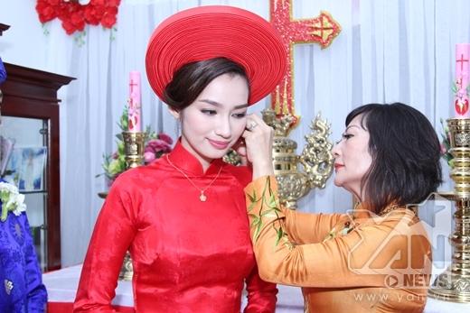 Trúc Diễm quyến luyến khi rời xa gia đình - Tin sao Viet - Tin tuc sao Viet - Scandal sao Viet - Tin tuc cua Sao - Tin cua Sao