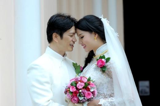 Đám cưới hạnh phúc, đơn giản của cặp đôi - Tin sao Viet - Tin tuc sao Viet - Scandal sao Viet - Tin tuc cua Sao - Tin cua Sao