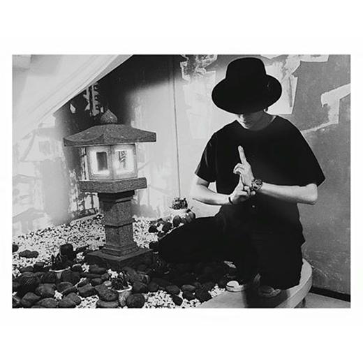 Gil Lê bí ẩn tạo dảng luyện công bên tháp cổ. Cô nàng dí dỏm xem mình như một Ninja đang tu luyện để chuẩn bị tung ca khúc mới vào dịp Valentine. Các fan nhà Gil tỏ ra vô cùng sốt ruột chờ đón sản phẩm của Ninja sẽ độc đáo như thế nào.