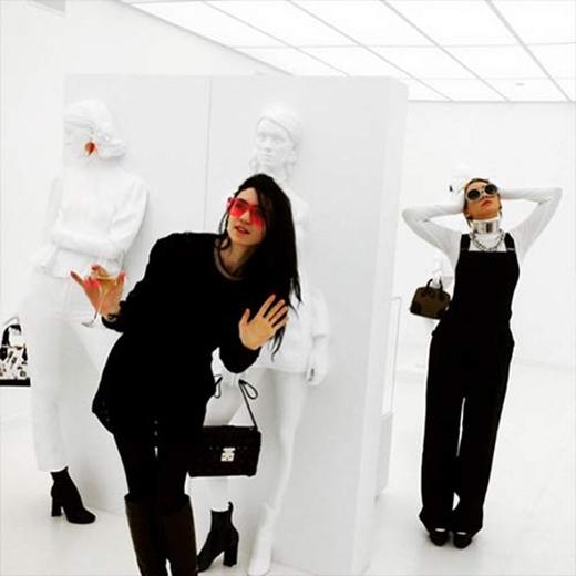 CL có cơ hội trải nghiệp thời gian vui vẻ của một người nghệ sĩ tại một nơi đầy nghệ thuật.