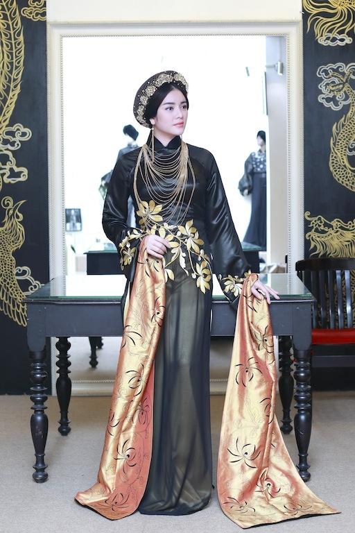 Lý Nhã Kỳ muốn để lại ấn tượng trong mắt bạn bè quốc tế là nét đẹp truyền thống của người phụ nữ Việt. - Tin sao Viet - Tin tuc sao Viet - Scandal sao Viet - Tin tuc cua Sao - Tin cua Sao
