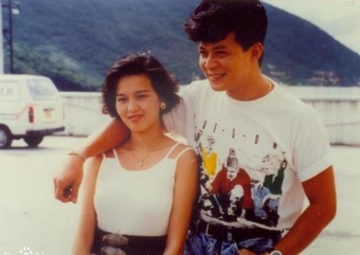 Huỳnh Nhật Hoa và vợ