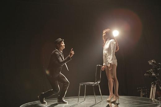 Sau sự cố The Remix, Hoàng Thùy Linh trở lại nóng bỏng cùng Just You - Tin sao Viet - Tin tuc sao Viet - Scandal sao Viet - Tin tuc cua Sao - Tin cua Sao
