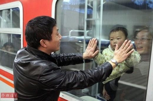 Những hình ảnh đẹp được ghi nhận tại ga tàu và xe Quảng Đông, Trung Quốc