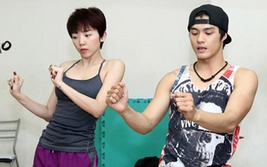 Tóc Tiên đang luyện tập vũ đạo cho The Remix cùng Lâm Vinh Hải. - Tin sao Viet - Tin tuc sao Viet - Scandal sao Viet - Tin tuc cua Sao - Tin cua Sao