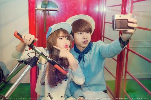 Cặp đôi tin đồn Khởi My - Kelvin Khánh được yêu thích bởi sự nhí nhảnh, trẻ trung.
